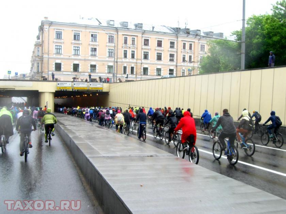 Въезд в туннель под Тверской улицей