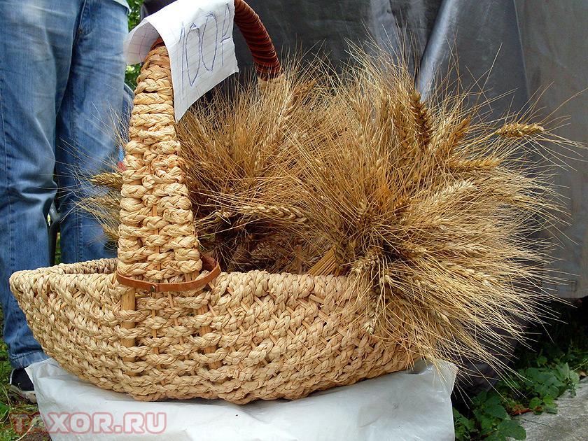 Букеты из пшеницы — не самый обычный, но весьма изящный подарок