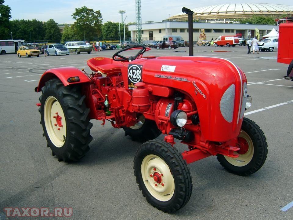Трактор производства «Porshe»