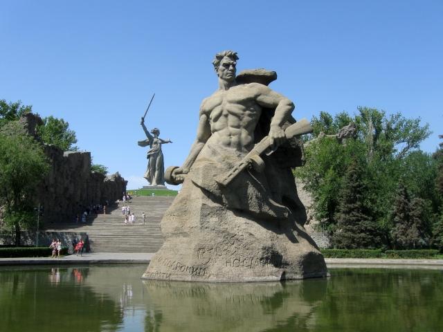 Мемориальный комплекс на Мамаевом кургане в Волгограде