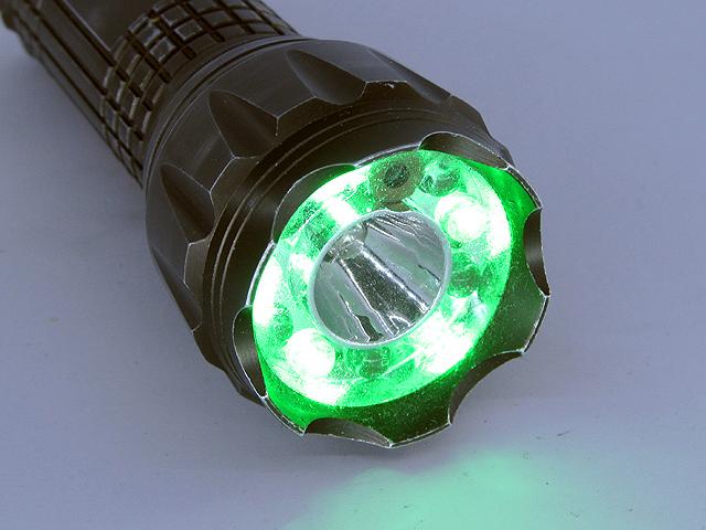 Второй режим работы фонарика — зелёный свет