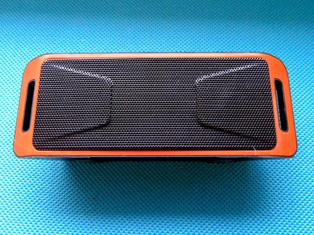 Портативный сабвуфер SC208 Bluetooth 4.0